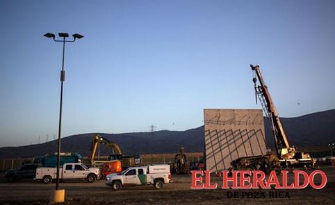 Construcción de muro es propaganda