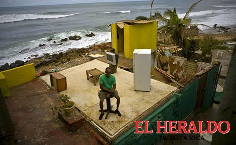 Suman 39 muertos en Puerto Rico