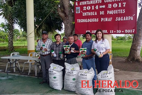Apoyan a productores
