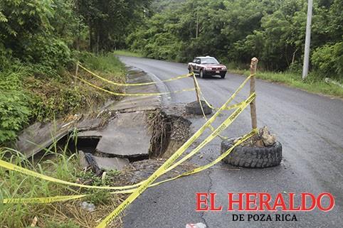 Carretera a Castillo ante el colapso