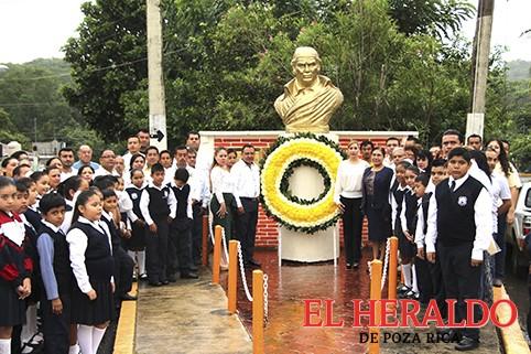 Celebran aniversario de Morelos
