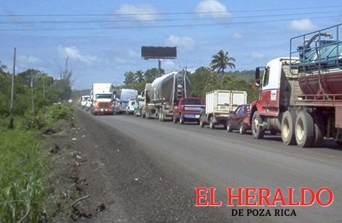 Un peligro transitar por Mecatepec