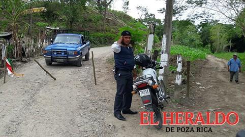 Sigue bloqueado el camino a Santa Agueda