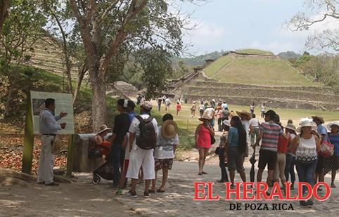 Más de 35 mil turistas visitaron El Tajín