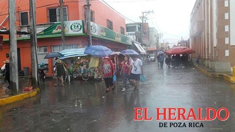 Listos los refugios temporales en Tecolutla, Zamora y Papantla