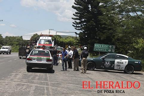 Refuerzan operativos contra taxis y motocicletas