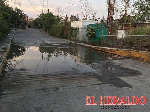 Fugas de agua por toda la ciudad