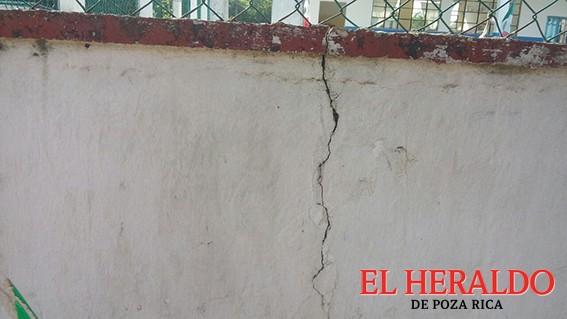 Sismo provocó daños a escuelas primarias