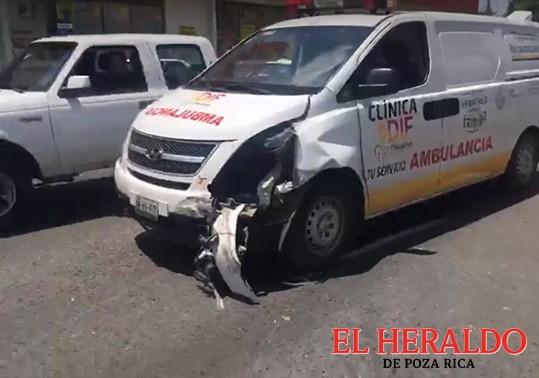 Cortó circulación a una ambulancia