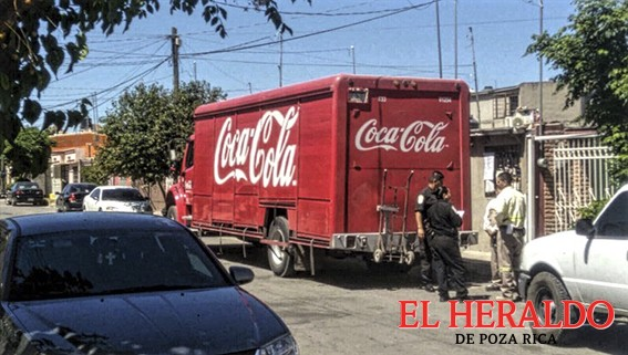 Asaltan a camión de Coca-Cola