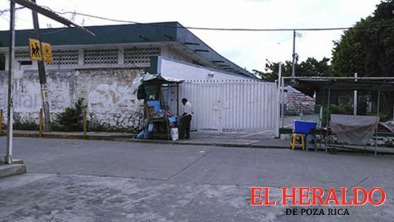 Escuela Benito Juárez prepara aniversario