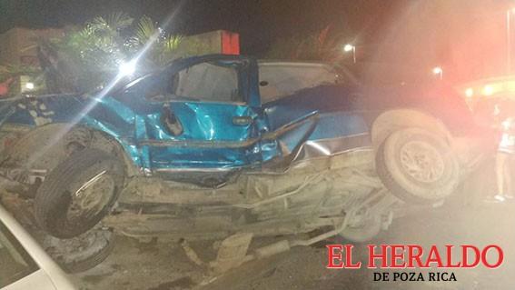 Aparatoso accidente sobre la Ruiz Cortines