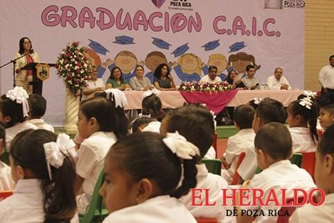 Niños la esperanza de un mejor Poza Rica: ASQ