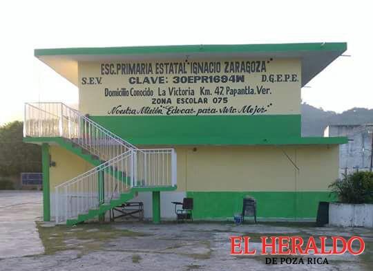 Por adeudo de 150 mil pesos CFE deja sin luz a la primaria