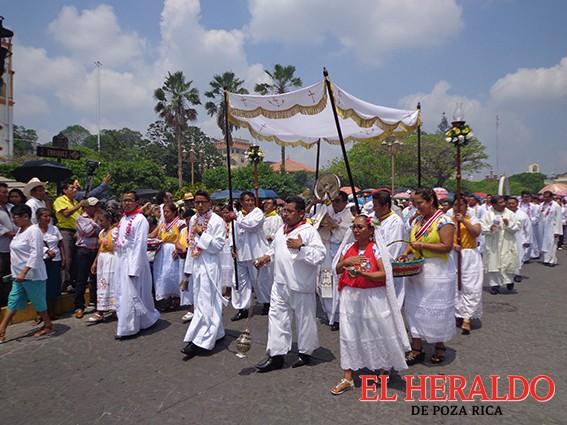 Papantla vive la fiesta de Corpus Christi