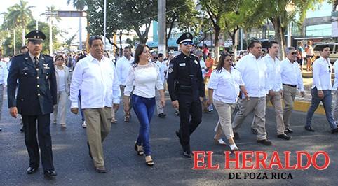 Celebran 107 Aniversario de la Revolución Mexicana