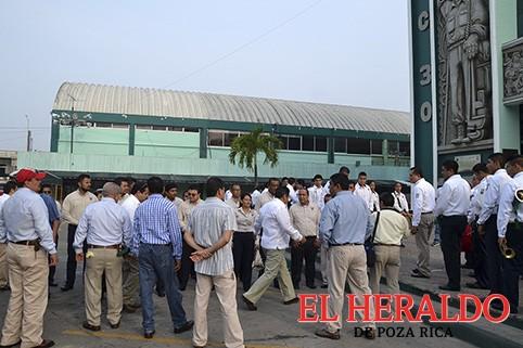 Contrata Pemex 27 mil suplentes