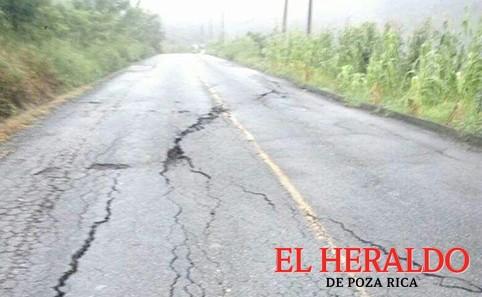 Peligro en la carretera en Filomeno Mata