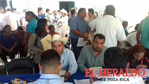 Bruno Carpio se registra por la alianza PAN-PRD