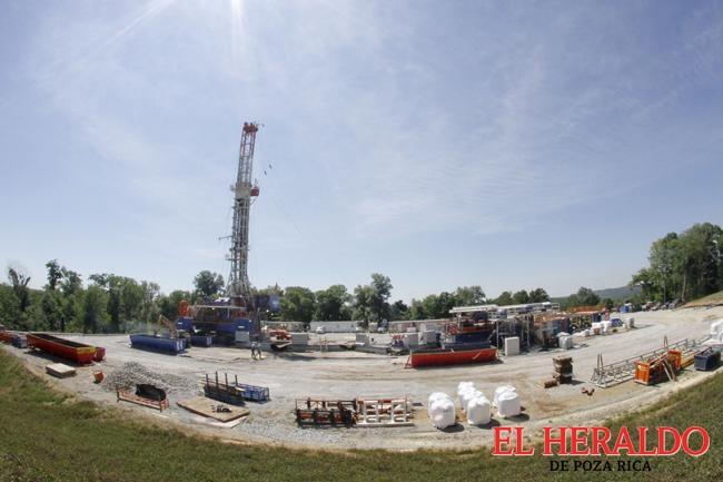 Fracking 233 pozos