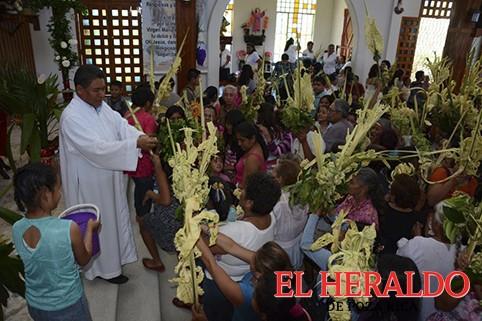 Celebran el Domingo de Ramos