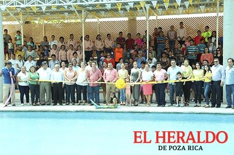 Concluye rehabilitación de albercas en unidad deportiva