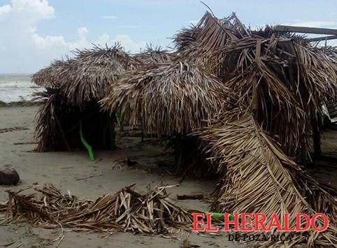 Graves daños en Costa Esmeralda al paso de Franklin