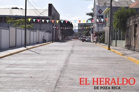 Cumple con obras en San Miguel Mecatepec
