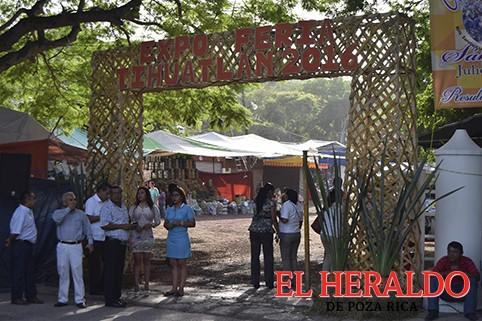 Organizan Feria Ganadera