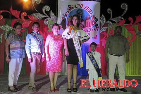 Verónica I, reina de la Feria de nuestra Señora Del Carmen