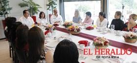 Se reúne Rocío Nahle con emprendedoras