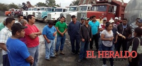 Transportistas amenazan con parar la obra de la autopista