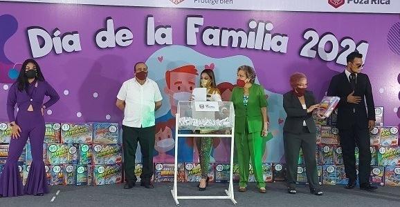 Festeja el DIF Día de la Familia