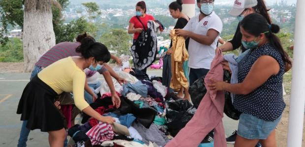 Ayudan a los más pobres